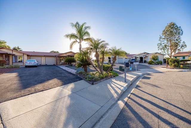 4727 Knoll Wood Ct, Oceanside, CA 92056 (#210029121) :: The Legacy Real Estate Team