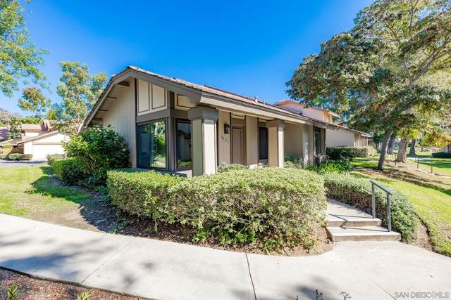 9705 Caminito De La Fada, San Diego, CA 92124 (#210029123) :: SunLux Real Estate
