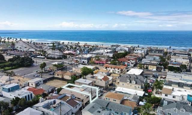 828-830 Island Court, San Diego, CA 92109 (#210029142) :: American Dreams Real Estate
