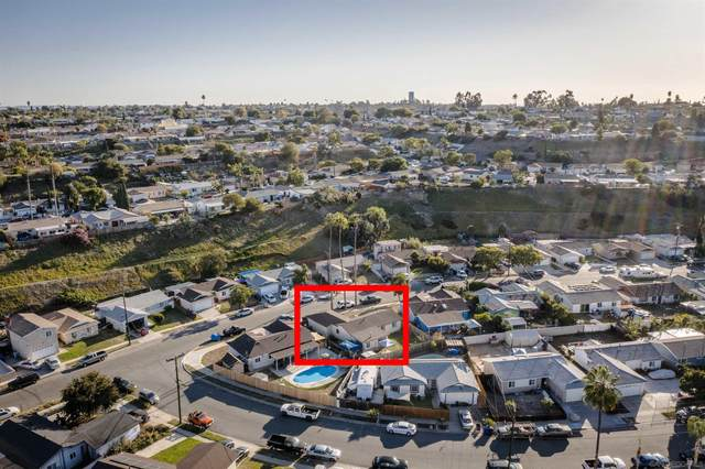 7818 Shorewood Dr, San Diego, CA 92114 (#210029143) :: SD Luxe Group