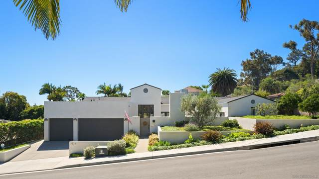 3225 Kellogg St, San Diego, CA 92106 (#210029318) :: Keller Williams - Triolo Realty Group