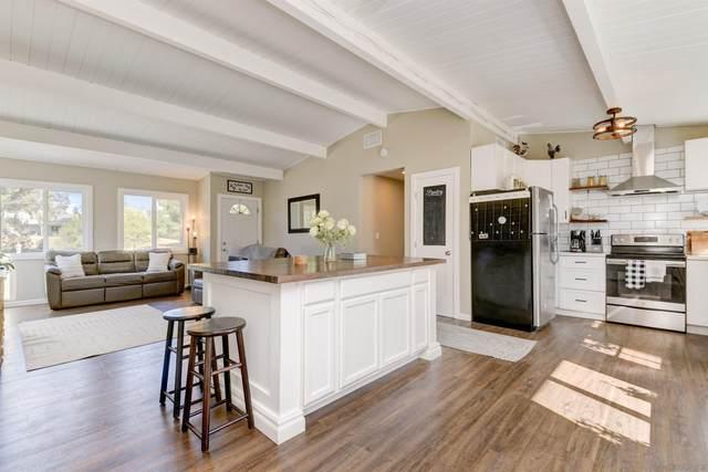 2134 San Diego Ave, Ramona, CA 92065 (#210029425) :: Neuman & Neuman Real Estate Inc.
