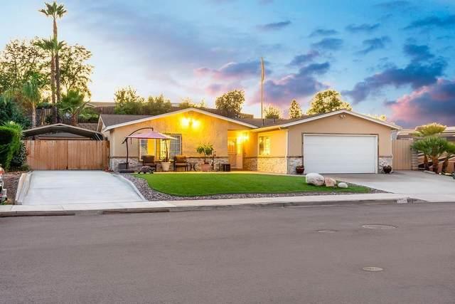 9104 Kay Jay Ln, Lakeside, CA 92040 (#210029477) :: Neuman & Neuman Real Estate Inc.