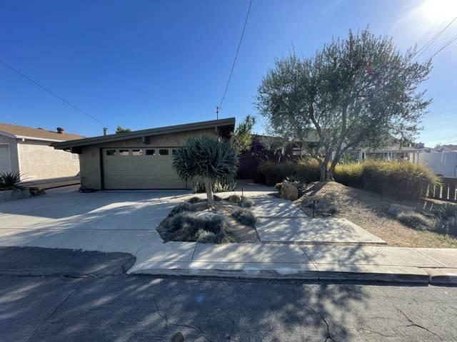 7551 Eucalyptus Hl, La Mesa, CA 91942 (#210029667) :: COMPASS