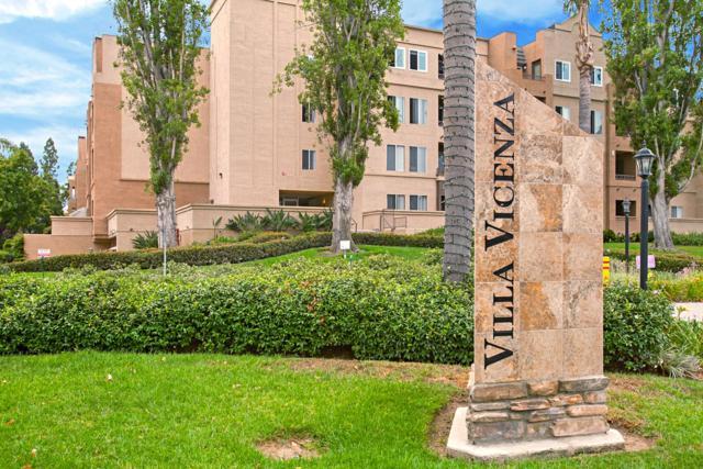 3520 Lebon Dr #5113, San Diego, CA 92122 (#170043222) :: The Yarbrough Group