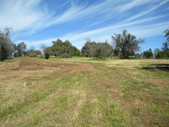 2008 Pomegranate Ln 6 And 9, Fallbrook, CA 92028 (#170054177) :: The Yarbrough Group