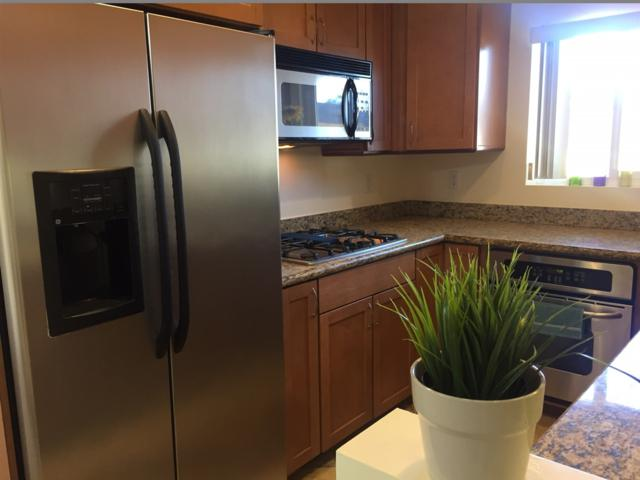 589 11th Street #21, Imperial Beach, CA 91932 (#170056837) :: The Yarbrough Group