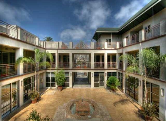 7514 Girard Avenue #24, La Jolla, CA 92037 (#170059287) :: Carrington Real Estate Services