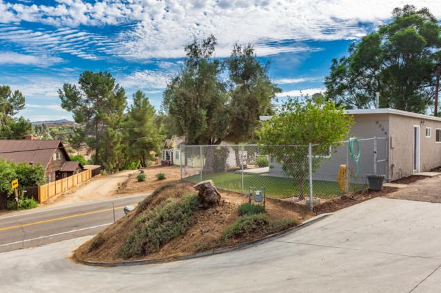 9364 Riverview Ave, Lakeside, CA 92040 (#170059556) :: Whissel Realty