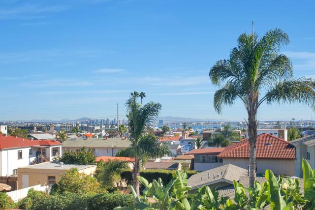 1355 Willow St., San Diego, CA 92106 (#170059853) :: Whissel Realty