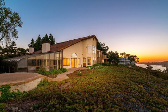 11220 Lakerim Rd, San Diego, CA 92131 (#180001618) :: The Yarbrough Group