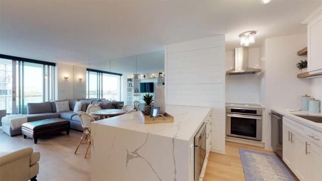 1760 Avenida Del Mundo #701, Coronado, CA 92118 (#180002781) :: The Houston Team | Coastal Premier Properties
