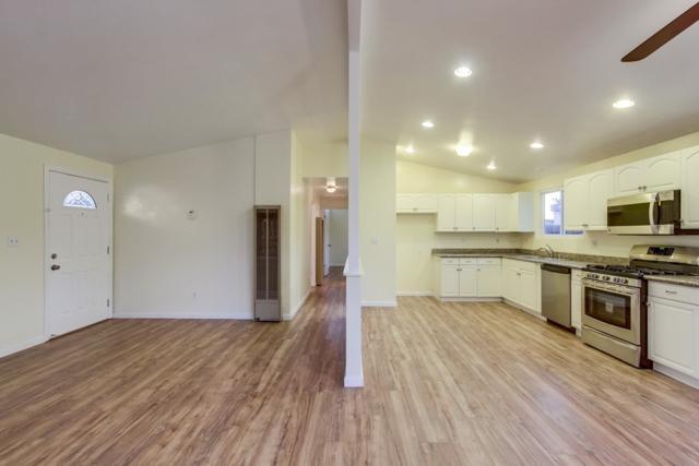 8840 Hammond Dr, San Diego, CA 92123 (#180004451) :: The Houston Team | Coastal Premier Properties