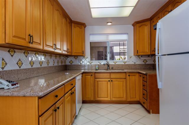 2129 Via Puerta Unit A, Laguna Woods, CA 92637 (#180008399) :: The Houston Team | Coastal Premier Properties