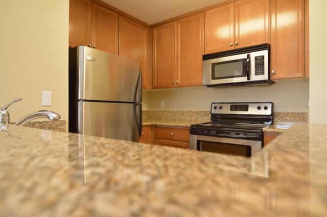 1423 Graves Ave #209, El Cajon, CA 92021 (#180008730) :: Neuman & Neuman Real Estate Inc.