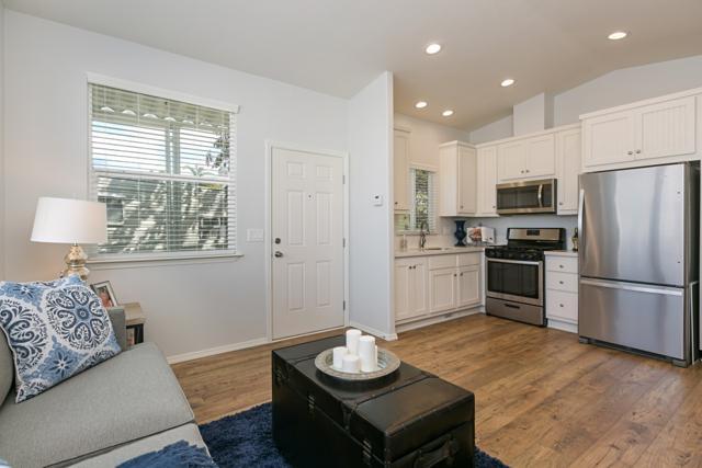 699 N Vulcan Avenue #15, Encinitas, CA 92024 (#180009126) :: Coldwell Banker Residential Brokerage