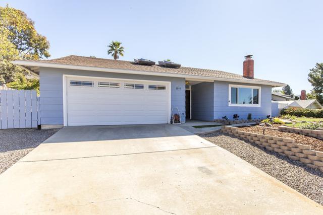 3947 Stevemark Ln, Spring Valley, CA 91977 (#180010644) :: Neuman & Neuman Real Estate Inc.