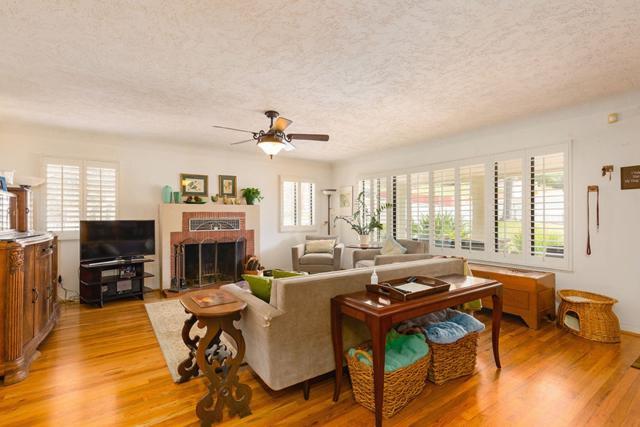 560 E 5th Ave., Escondido, CA 92025 (#180017644) :: Keller Williams - Triolo Realty Group