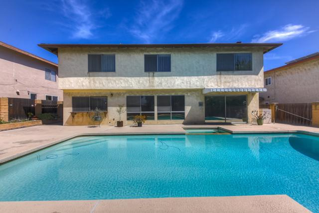 6244 Lake Athabaska Pl, San Diego, CA 92119 (#180018476) :: Heller The Home Seller