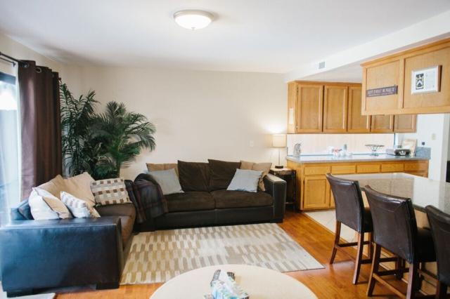 346 I Ave, Coronado, CA 92118 (#180019422) :: Neuman & Neuman Real Estate Inc.