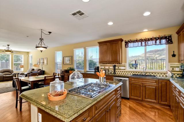 2405 Margie, Vista, CA 92084 (#180020376) :: The Houston Team | Coastal Premier Properties