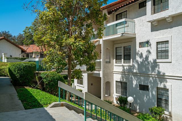 16226 Avenida Venusto B, San Diego, CA 92128 (#180024043) :: Ascent Real Estate, Inc.