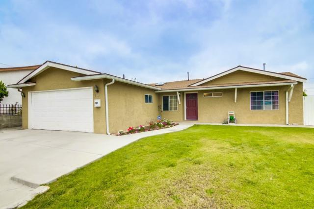 927 Carlsbad St, Spring Valley, CA 91977 (#180026761) :: Whissel Realty