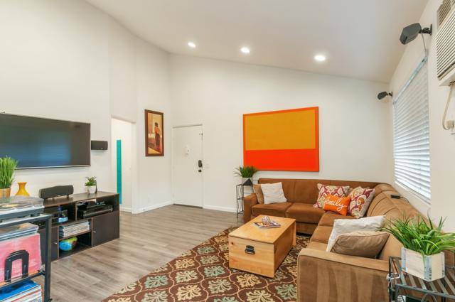 4110 Texas Street #7, San Diego, CA 92104 (#180027159) :: The Yarbrough Group