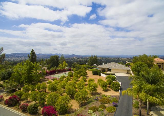 13666 Orchard Gate Rd., Poway, CA 92064 (#180027469) :: The Marelly Group | Compass