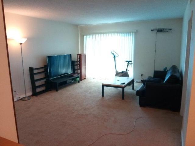 5315 Zelzah Ave #18, Tarzana, CA 91316 (#180027475) :: Keller Williams - Triolo Realty Group