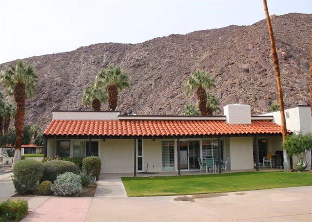 1663 Montezuma Ct #1, Borrego Springs, CA 92004 (#180029920) :: Heller The Home Seller