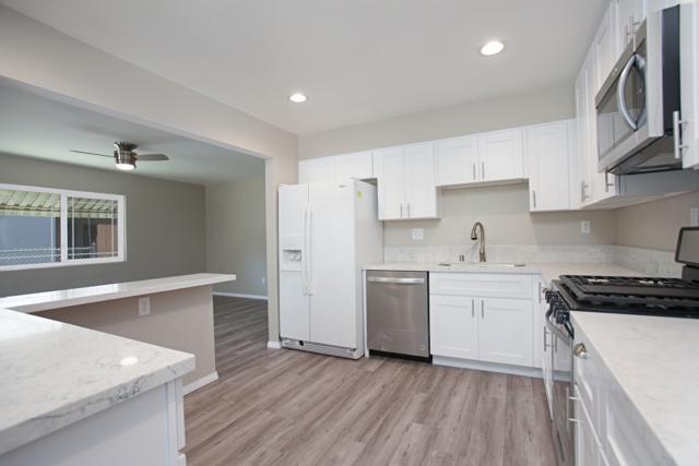 5521 Hubner Rd, San Diego, CA 92105 (#180031050) :: Ascent Real Estate, Inc.