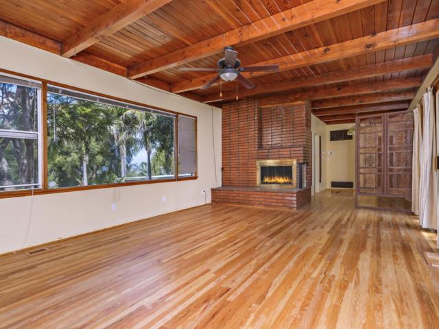 2115 Warmlands, Vista, CA 92084 (#180031076) :: Neuman & Neuman Real Estate Inc.