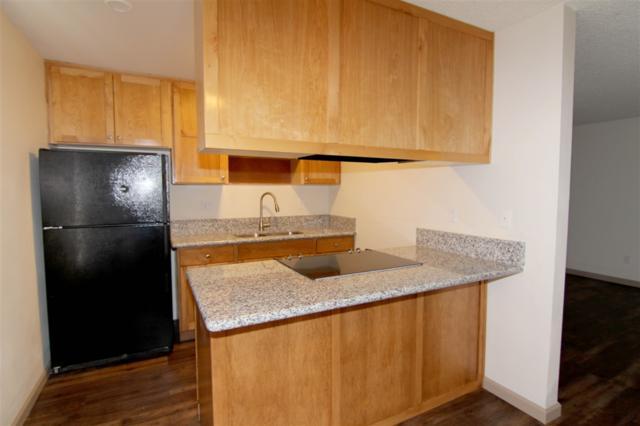 279 Moss Street #5, Chula Vista, CA 91911 (#180032924) :: KRC Realty Services