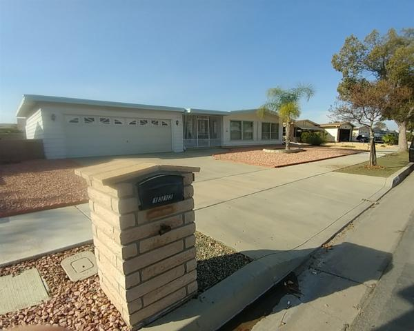 1313 Basswood Way, Hemet, CA 92545 (#180035769) :: Neuman & Neuman Real Estate Inc.