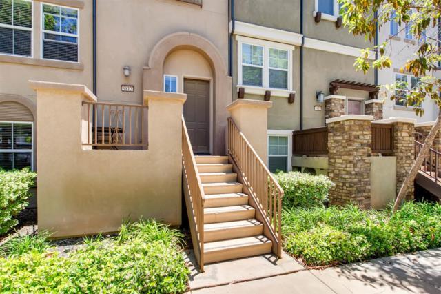 9812 Old Tree, Santee, CA 92071 (#180039571) :: Ghio Panissidi & Associates
