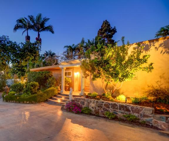 557 Hermes Ave, Encinitas, CA 92024 (#180044472) :: The Yarbrough Group