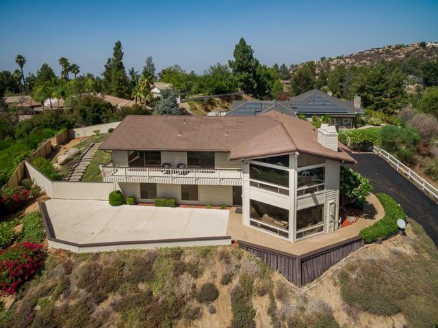 1964 Hidden Mesa Rd, El Cajon, CA 92019 (#180053083) :: Neuman & Neuman Real Estate Inc.