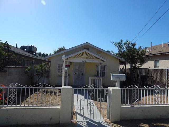 2040 Osborn St, San Diego, CA 92113 (#180053202) :: The Yarbrough Group