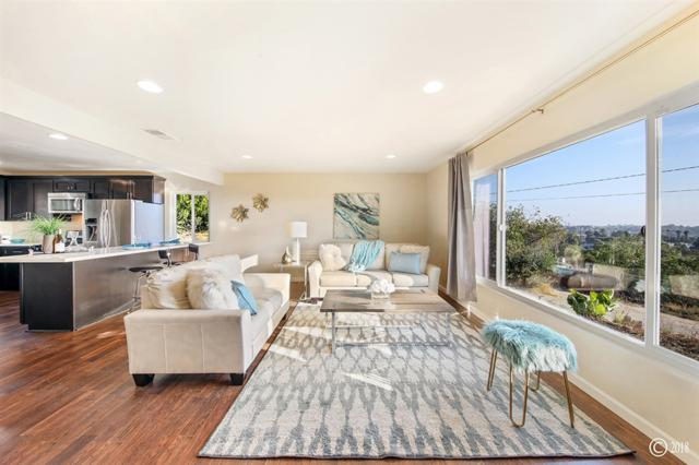 1225 60th St, San Diego, CA 92114 (#180054200) :: Coldwell Banker Residential Brokerage