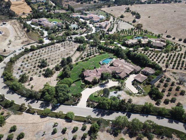 5411 Vista De Fortuna, Rancho Santa Fe, CA 92067 (#180054304) :: KRC Realty Services