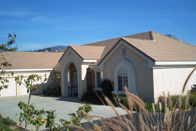 15066 Saddle Creek Dr, Valley Center, CA 92082 (#180055172) :: Coldwell Banker Residential Brokerage