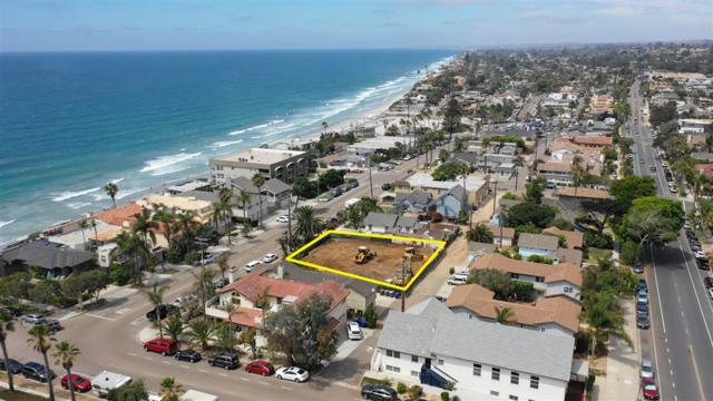 545 Fourth St #11, Encinitas, CA 92024 (#180055200) :: KRC Realty Services