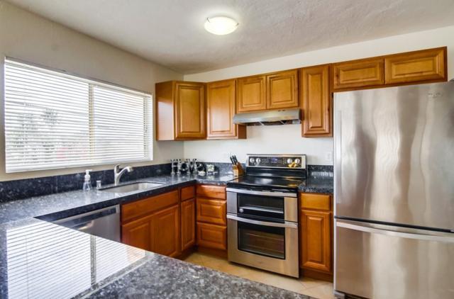 4477 Mentone #210, San Diego, CA 92107 (#180055660) :: Farland Realty