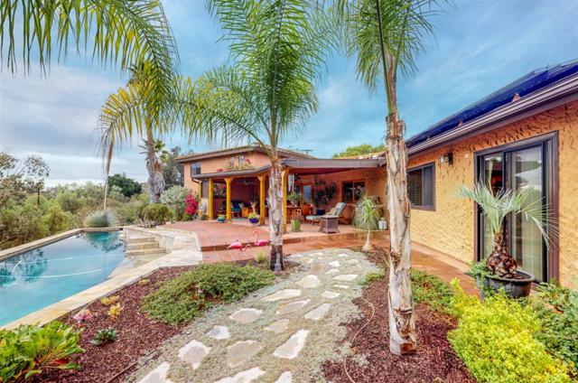 3204 Via Caliente Del Sol, Jamul, CA 91935 (#180057712) :: The Yarbrough Group