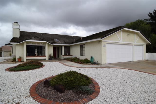 1509 Del Mar Rd, Oceanside, CA 92057 (#180058068) :: Keller Williams - Triolo Realty Group