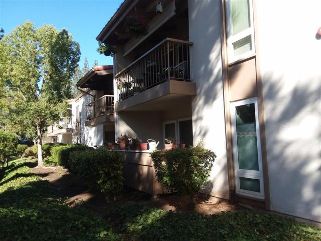 12555 Oaks North Dr #100, San Diego, CA 92128 (#180058070) :: Jacobo Realty Group