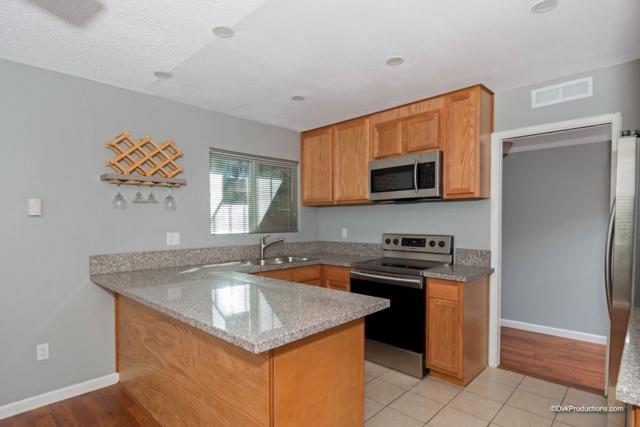 1811 E Grand Ave #121, Escondido, CA 92027 (#180058074) :: Farland Realty