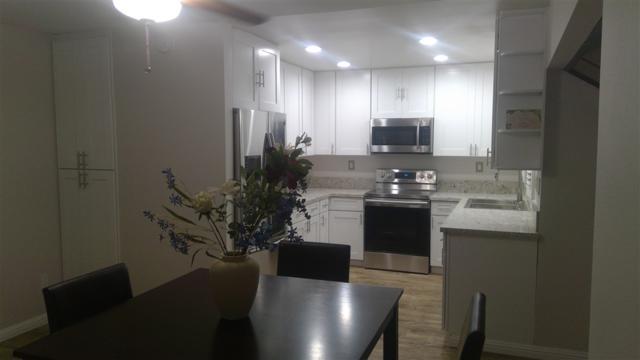 3168 Camino Arroyo, Carlsbad, CA 92009 (#180058858) :: Farland Realty