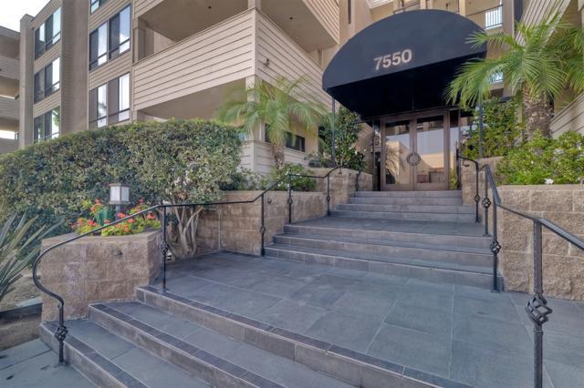 7550 Eads Avenue #101, La Jolla, CA 92037 (#180065128) :: The Yarbrough Group